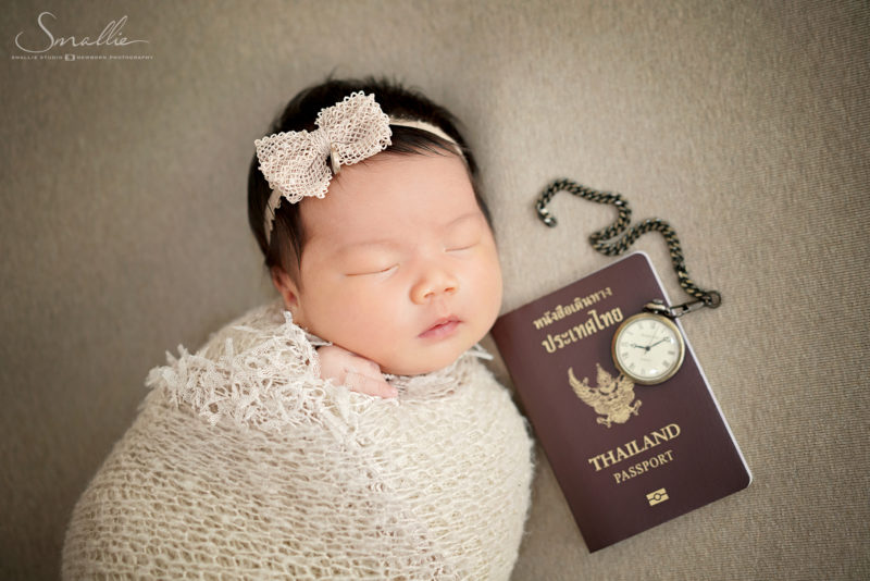 Traveller Girl Theme